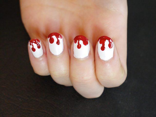 Как на Хэллоуин сделать маникюр в стиле брызг крови: Стекающая и капающая кровь