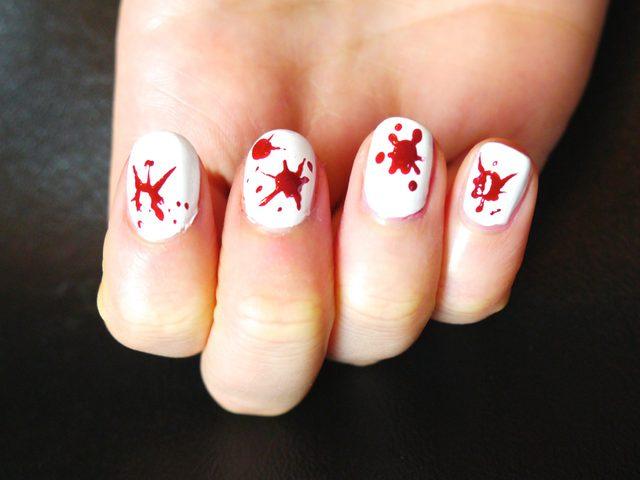 Как на Хэллоуин сделать маникюр в стиле брызг крови: Единственная пропущенная капля крови