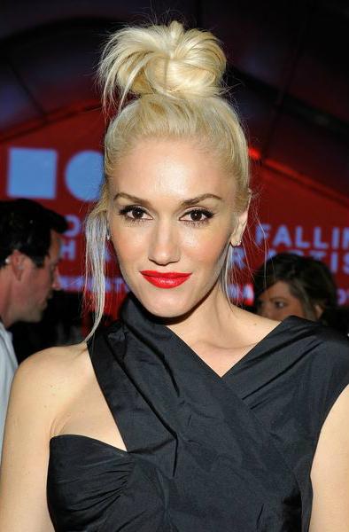 Гвен Стефании (Gwen Stefani) - модная весной 2014 красная помада