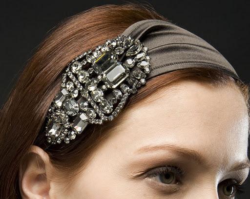 Броши на ленте - элегантные повязки на голову своми руками