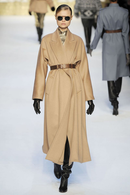 верблюжевый цвет пальто