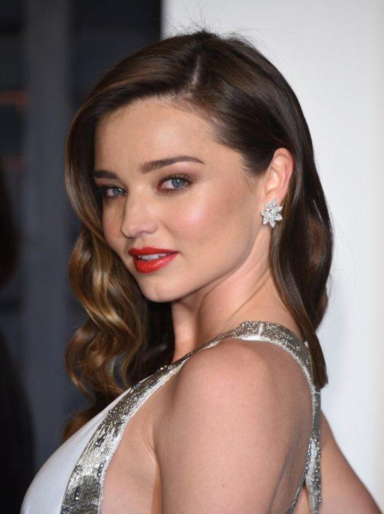 Как ухаживают за кожей знаменитости: 10 звездных секретов красоты