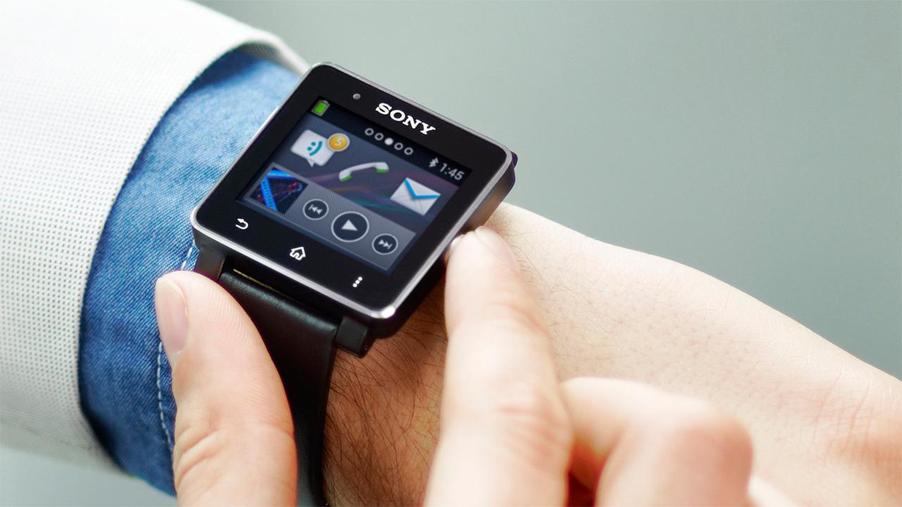 умные часы с глючным интерфейсом Sony SmartWatch 2