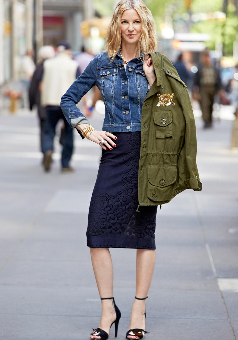 джинсовые вещи, модные тренды осень 2014: джинсовые пиджак из тонкой эластичной ткани под куртки