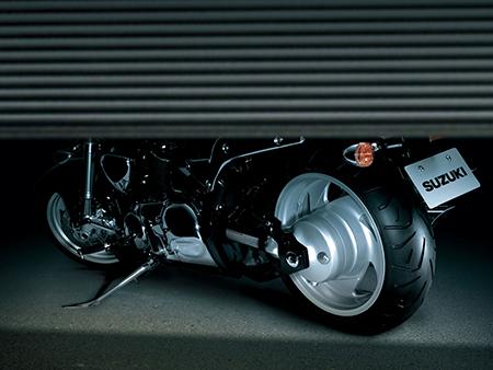Храните мотоцикл в сухом (обязательно!), хорошо проветриваемом (обязательно!) гараже