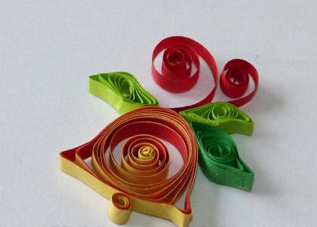 Как создавать елочные игрушки и новогодние подвески в технике квиллинг: колокольчик, в одной плоскости