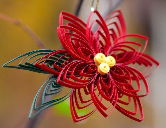 Как создавать елочные игрушки и новогодние подвески в технике квиллинг: цветок, 2 уровня