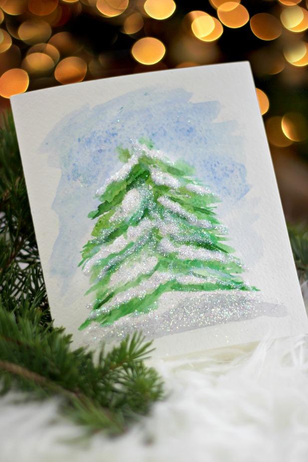 Как изобразить елку под снегом акварелью: также используем соль и восковые мелки