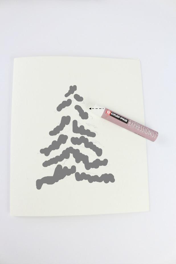 Используя восковой белый мелок, заполните нарисованные области