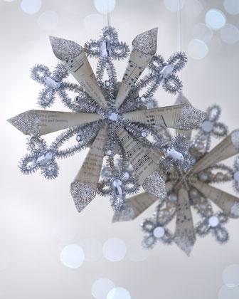 Сложные елочные игрушки из бумаги: снежинка