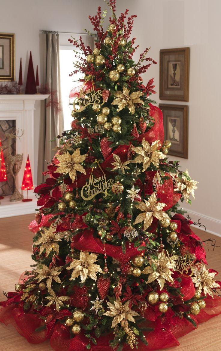 Новогодняя елка а-ля натюрель вовсе не обязана оставаться в бежево-коричневых тонах