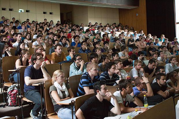 Как узнать, что первокурсникам ожидать в первый год учебы в университете. Ч. 1.