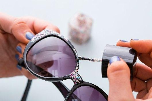 Как с помощью лака для ногтей модернизировать недорогие аксессуары