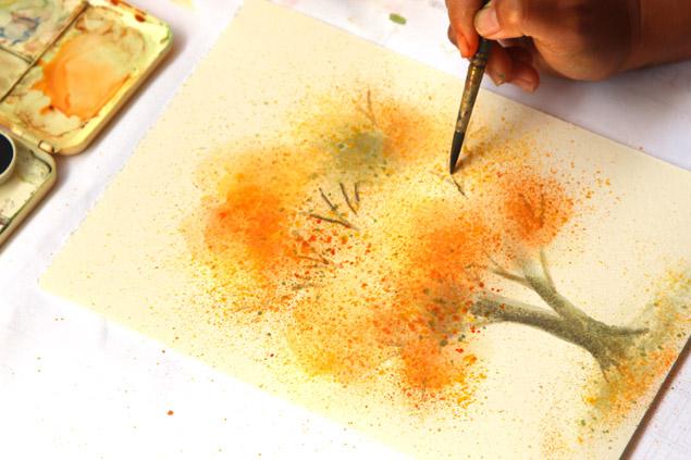 Финальные штрихи: тонким слоем оливково-зеленого и также брызгами можно нарисовать землю вокруг дерева; самой тонкой кистью можно немного подвести ветви, делая отдельные их зоны несколько более темными
