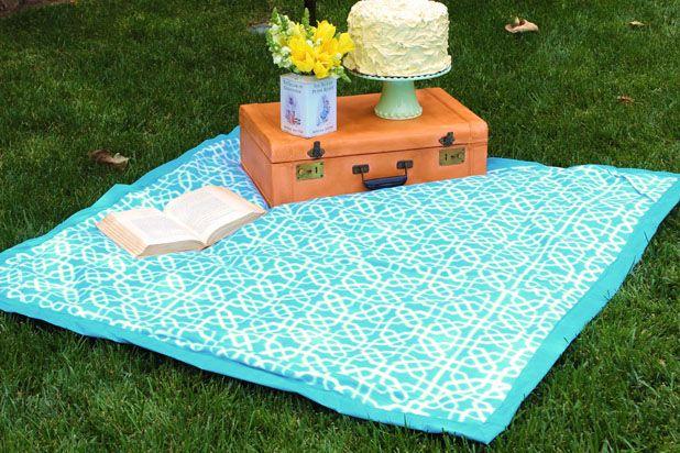 Как сшить идеальное одеяло-«сумку» для пляжа и выездов на природу