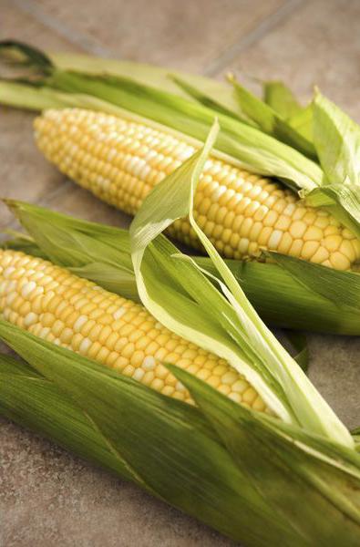 Кукурузу на гриль/горизонтальную шашлычницу/приспособление для барбекю следует бросать прямо в оболочке
