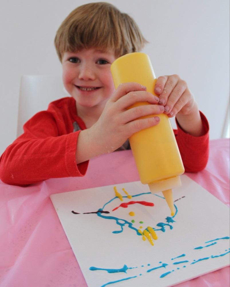 Рисуем объемной краской на пластике