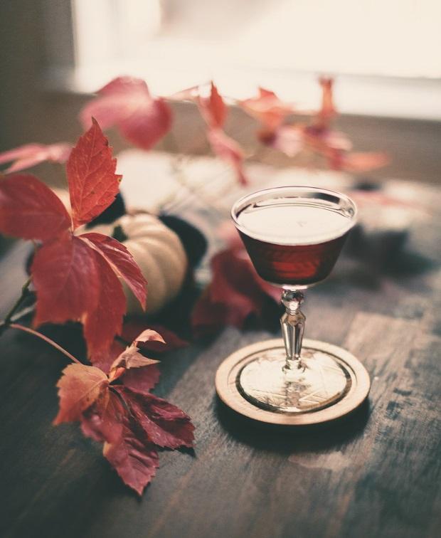 осенний коктейль с ржаным виски «Вспоминая Мэн»