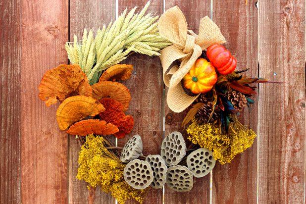 Осенний венок для праздника урожая (21 сентября)