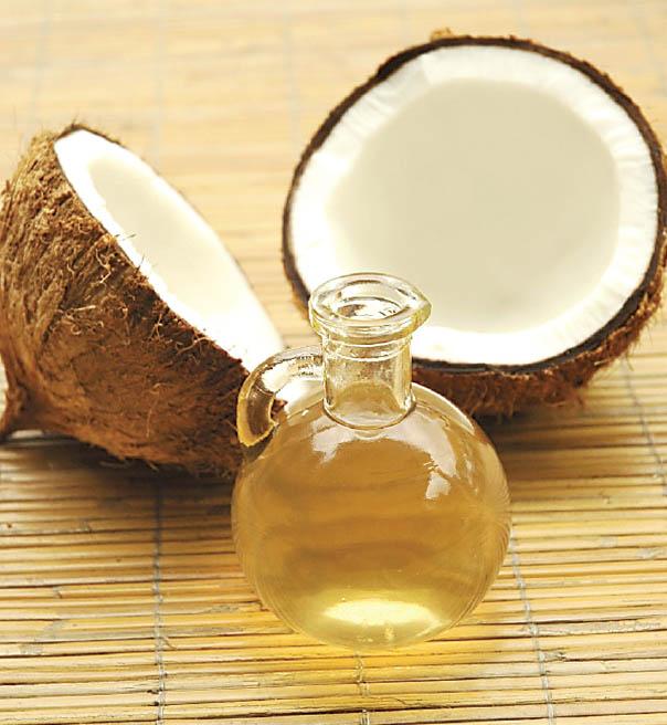 кокосовое масло вместо покупных бальзамов для губ
