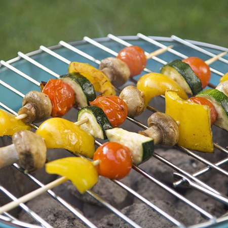 приготовленные подобным образом овощи не менее вкусны, чем само мясо