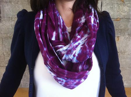 неоднородно окрашенный шарф