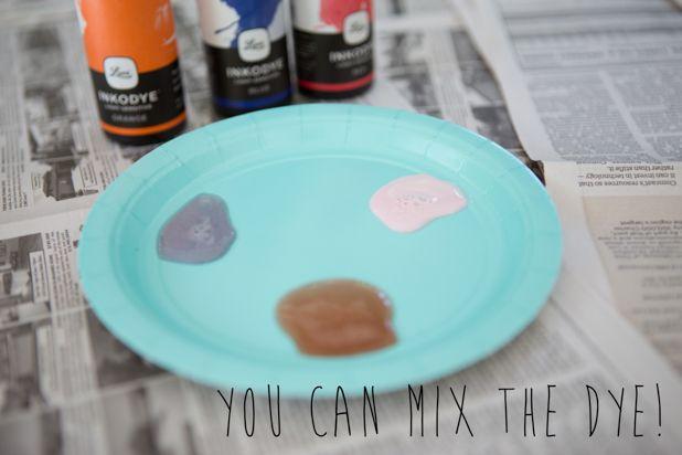 Смешайте свой оттенок краски на одноразовой тарелке
