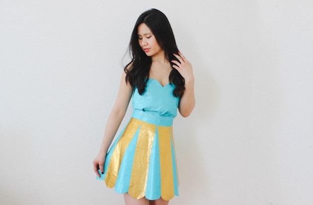 Как сделать выпускное платье из… цветной липкой ленты и простыни. Ч. 1.