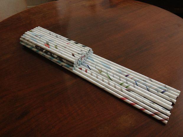 Всего короткими трубочками выложите 3 уровня трапециевидной формы