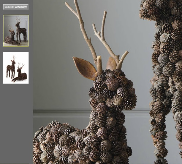 На фигурных основах – также из пенопласта, пеноматериала и т. д. – из мелких шишек выкладываются целые фигуры. Здесь – олени.
