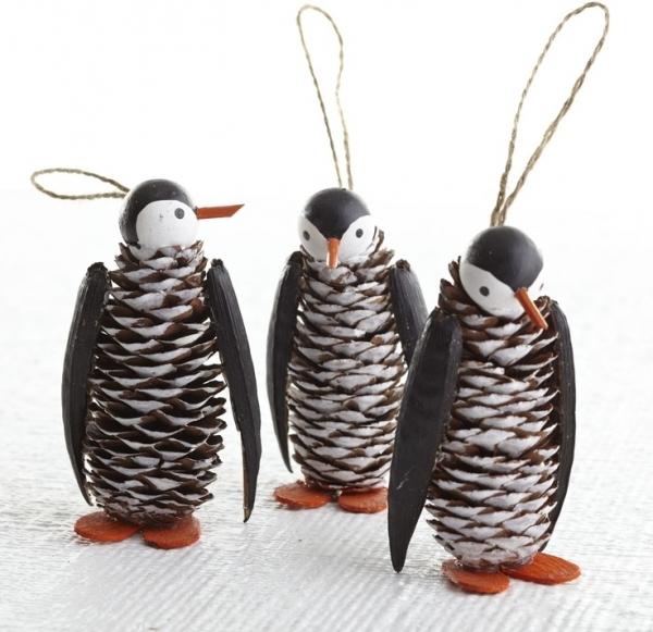 Как из шишек делать фигурки и елочные игрушки - пингвины