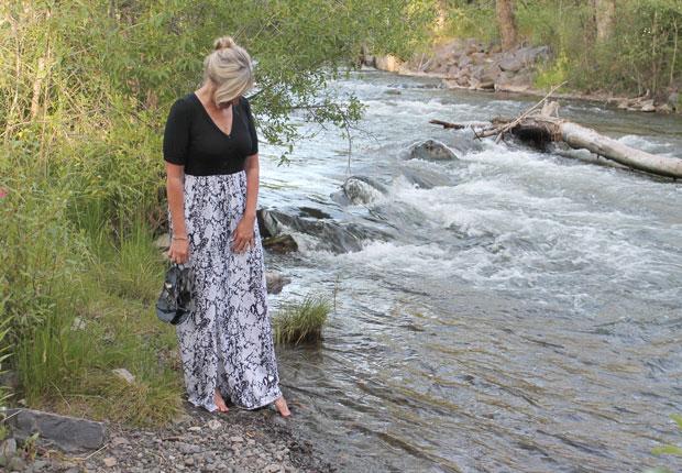 готовое легкое летнее макси платье с разрезом