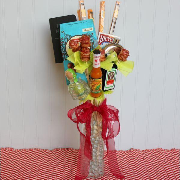 мужской букет из еды и подарков