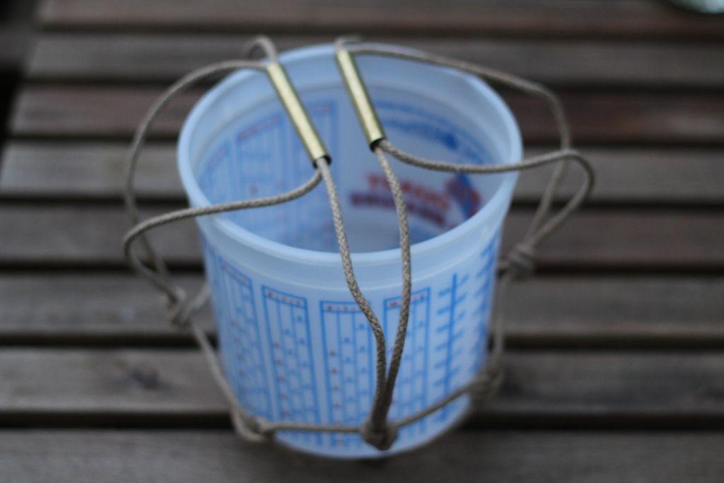 Готовая сетка для ледяного ведерка-морозилки с крышкой