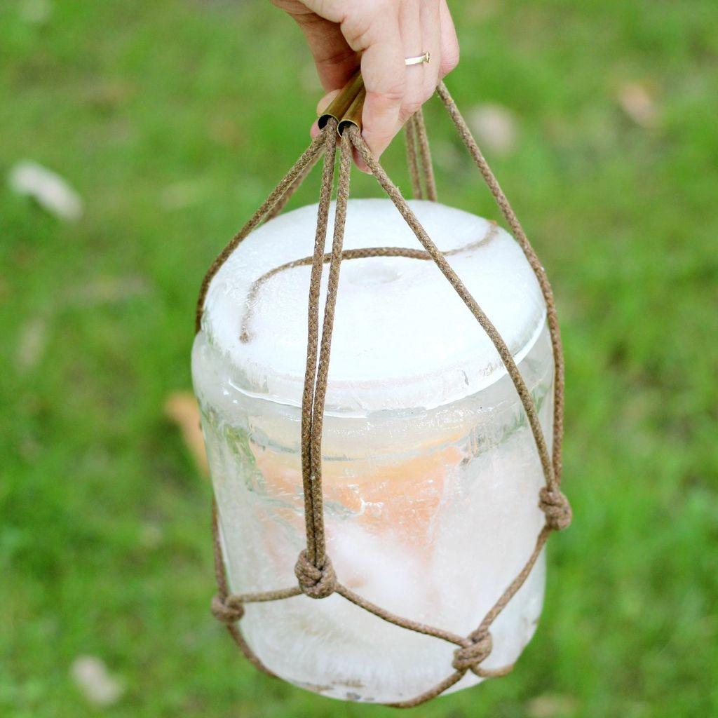 Как сделать переносное ледяное ведерко-морозилку с крышкой своими руками
