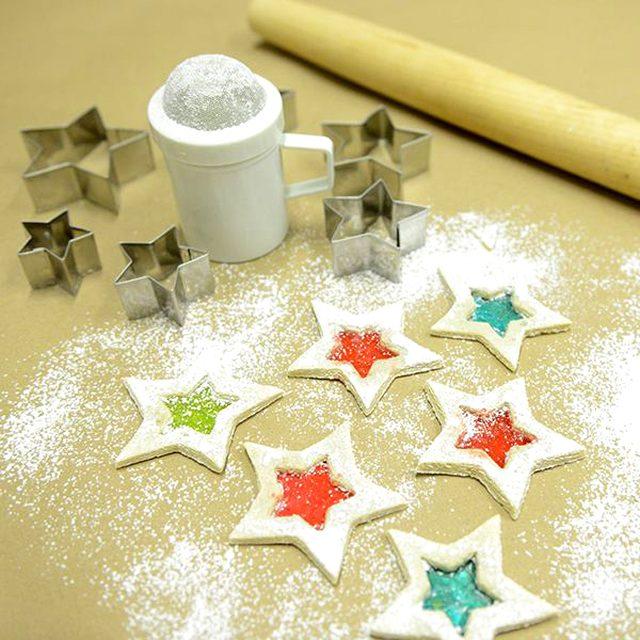 Как приготовить различное декоративное печенье на Новый год - идеи дизайнов - Сверкающие звездочки