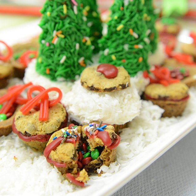 Как приготовить различное декоративное печенье на Новый год - объемное печенье с сюрпризом внутри