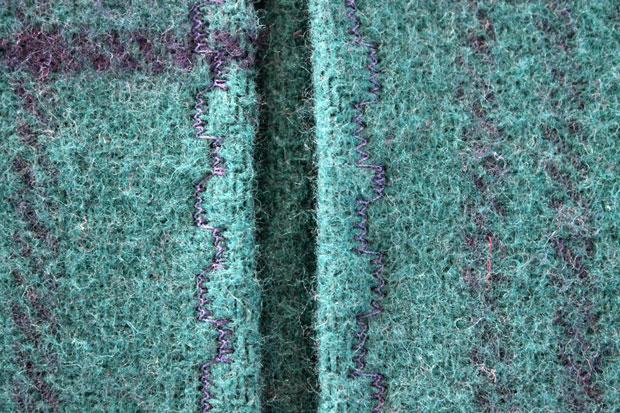 результат обработки краев декоративным швом