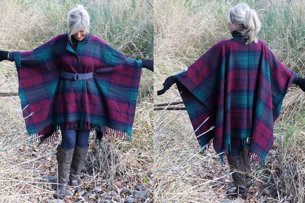 готовое модное платье-пончо из пледа