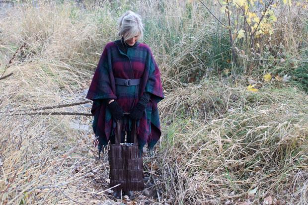 Как сделать модное платье-пончо из пледа