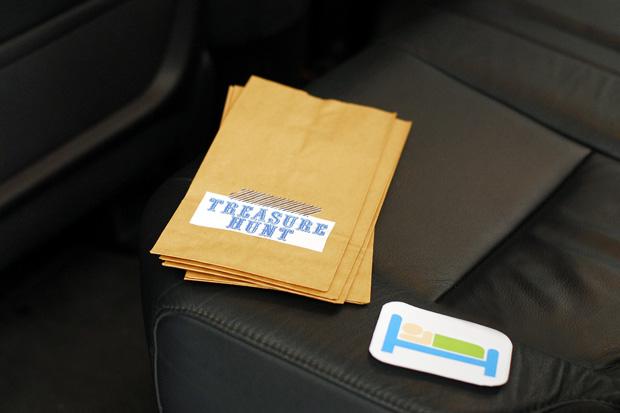 пакеты и подсказка в машине