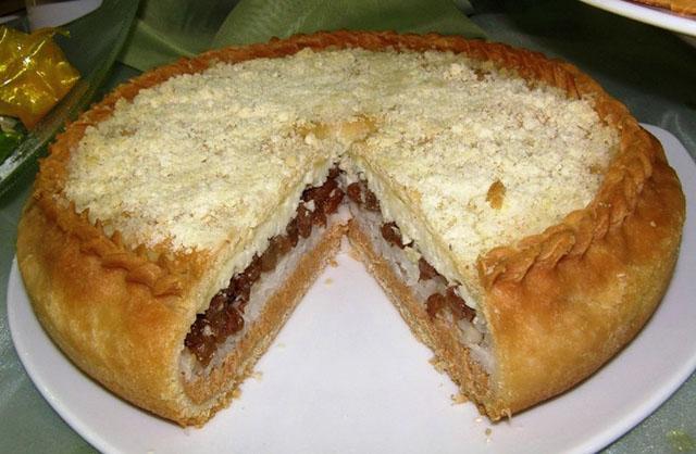 пирог с каштаном и мясом