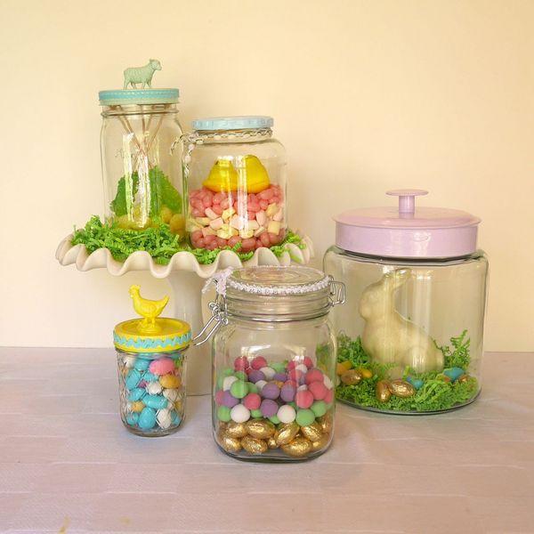 Заполняем банко конфетами пастельных оттенков