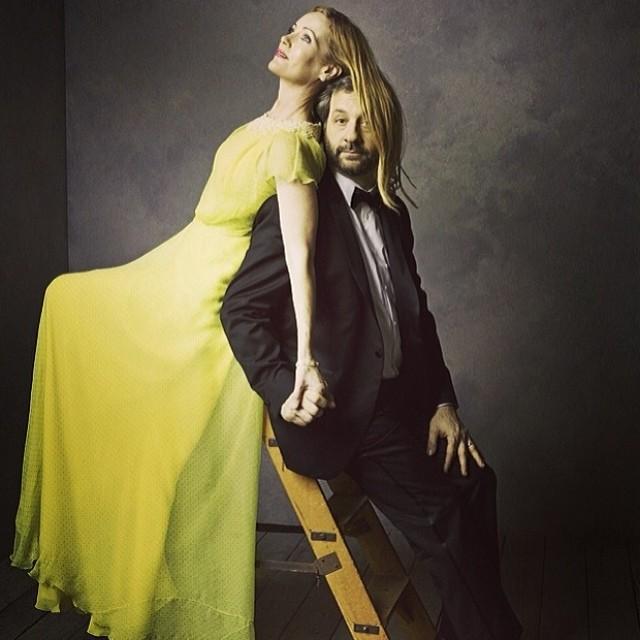Фотопортреты звезд от Марка Селиджер (Mark Seliger) после церемонии Оскара: Лесли Манн и Апатоу