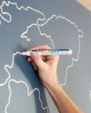 Нанесите «настенную живопись» при помощи фломастера Painters