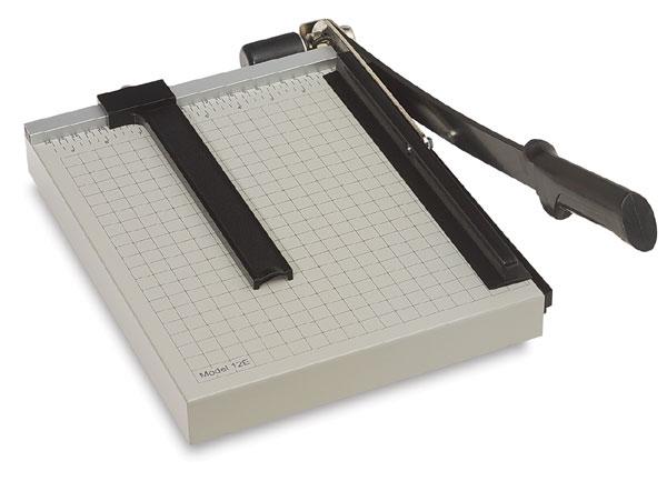 Механический инструмент для разрезания бумаги и обрезания фотографий