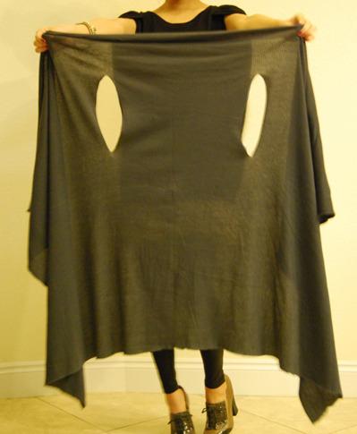 накидка-безрукавка из ткани тонкой вязки