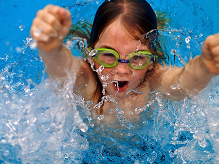 Взращивание чувства безопасности в воде может занять недели и недели