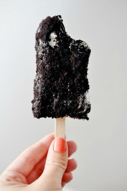 попсиклс - сладкий лед - самодельное мороженое в крошке от печений