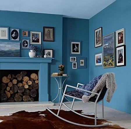 Комната получится интереснее, если цвет потолка будет не сильно отличаться от цвета стен